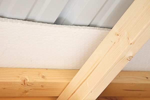 Insulated Ceiling (included with metal roof)